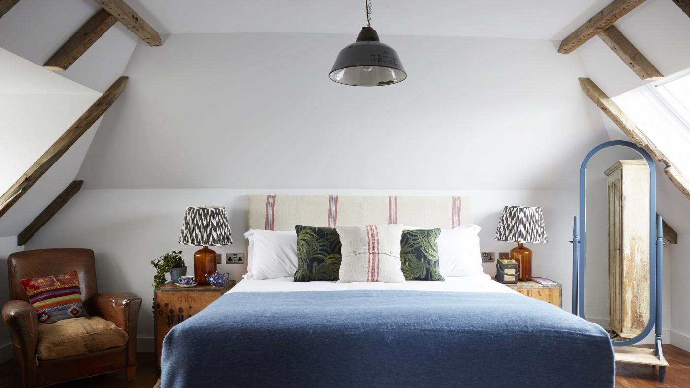 Vintage bedroom lighting by skinflint