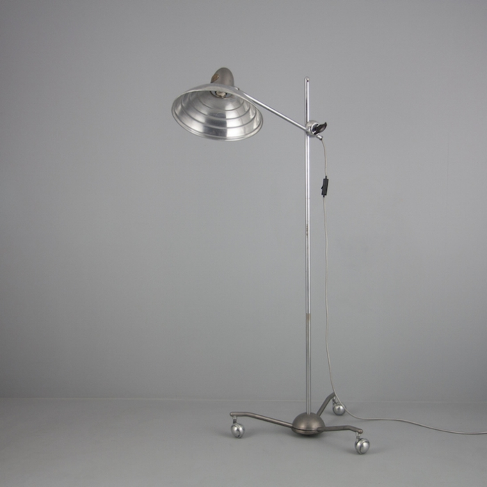 hanovia sollux medical floor lamp